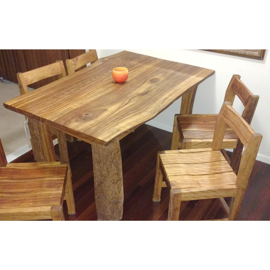 Camphor Table & Chairs